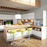 rodrix-küchenstudio-showroom-küche-dan-weiß-block-holz-barhocker-grün