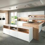 rodrix-küchenstudio-showroom-küche-dan-weiß-U-form-glänzend-anbauschrank