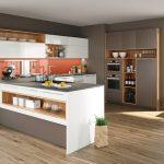 rodrix-küchenstudio-showroom-küche-dan-weiß-theke-glänzend-kombi-grau