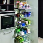rodrix-küchenstudio-showroom-küche-dan-lade-weiß-hochschrank